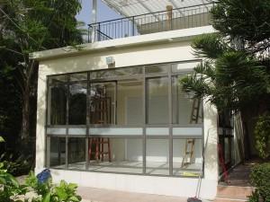 תוספת חדר פאטיו עם חלונות בפרופיל בלגי