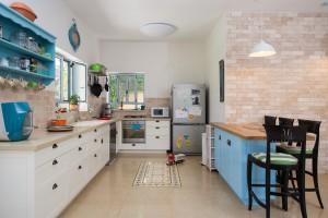 בית משפחת רחמני, רגבים - מטבח