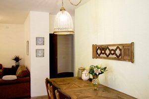 בית משפחת עוגן - מבט אל פינת האוכל