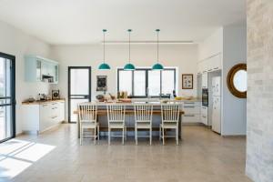 בית משפחת ליטוב - מטבח ופינת אוכל