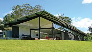 בית מגורים ירוק ממכולות משא