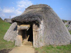 אדריכלות המסורתית בית קש