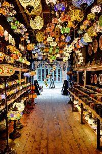 חנות מנורות