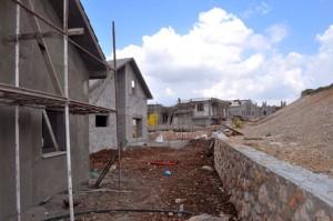 בתים בבנייה