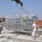 פריקת מערכת קירות בנייה קלה