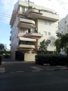 בניין מגורים
