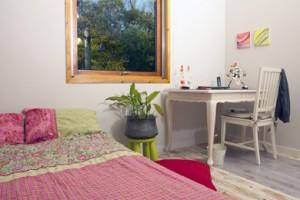 חדר שינה בסגנון כפרי