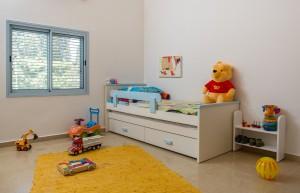 בית משפחת רחמני, רגבים - חדר ילדים