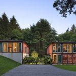 קומפלקס בתי מגורים ממכולות משא