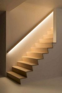 תאורה בחדר מדרגות