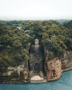 הבודהה הענק של מחוז לשאן Sichuan province(China)